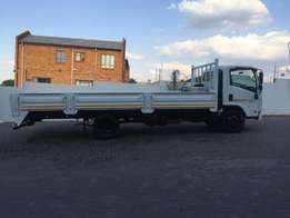 Isuzu NQR 500 with drop sides and low km