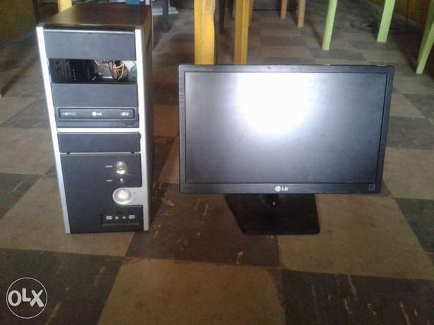 Complete Desktop computer with monitor (new) Akure South - image 1