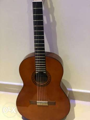 Yamaha classic acoustic Guitar (With case)