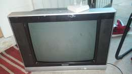 54 cm Hisense tv and antenna for sell