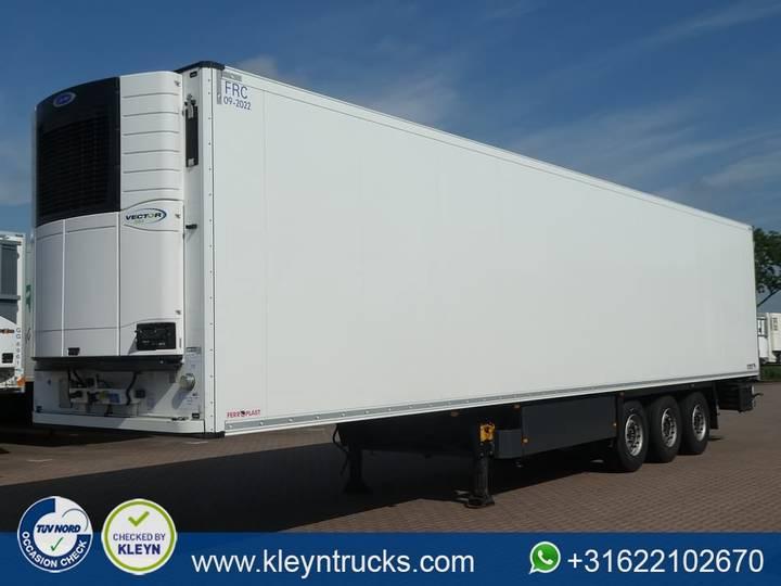 Schmitz Cargobull CARRIER - 2016