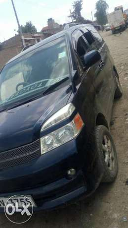 Well maintained toyota voxy asking for Ksh 750 negotiable Embakasi - image 4