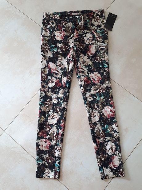 Spodnie w kwiaty Zara 38 M Mogilno • OLX.pl