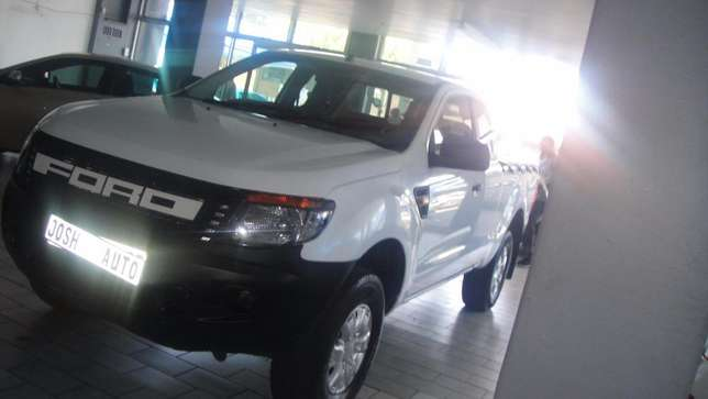Pre owned 2012 Ford Ranger 2.2 double cab hi rider Bruma - image 3
