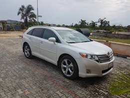 2009/2010 Toyota Venza full option