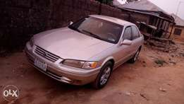 Clean toyota camry pencil ligth
