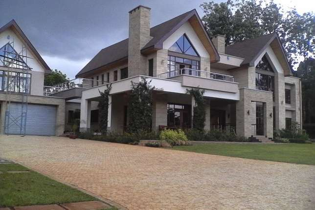 A state of the art perfectly finished ambassadorial house in Runda Hurlingham - image 1