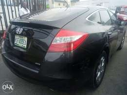 2010 model Honda crosstour clean naija used