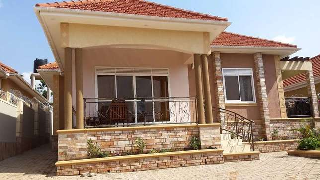 Professional interior and exterior painters Kampala - image 1