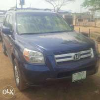 Nigerian-Used Honda Pilot, 2007, 3-Row Seat, Very OK