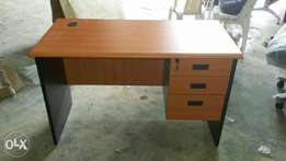 Smart 4ft Office Table