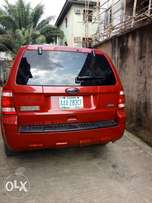 Few months used 2006 Ford escape for sale