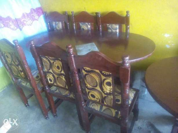 Dining table 6 seater wooden Bamburi - image 1