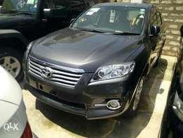 Toyota Vanguard 7 Seater Grey fully loaded