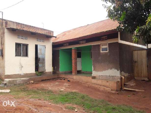 A two bedroomed house on urgent sale at 24m in kireka D near kabaka's Kampala - image 3