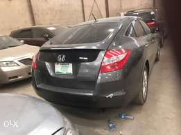 Perfect Honda 2013 model... Very clean and like Tokunbo.