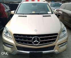 Mercedes-Benz 2012 ML350