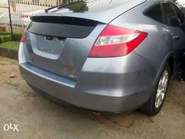Foreign used Honda cross tour full option 2011