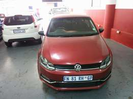 2015 VW Polo 6 1.2 TSI, Color Maroon, Price R160,000.