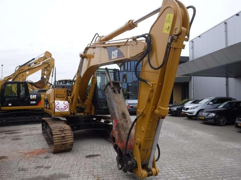 Caterpillar 318CL - 2006 - image 2