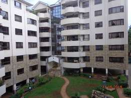 Good 3bedrooms apartment master, dsq, gym, bore hole, pool, lift, cct