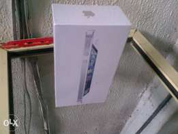 new Iphone 5 with 16gb