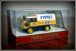 Matchbox Models of yesteryear Fyffes banana merchant Y8-C Yorkshire
