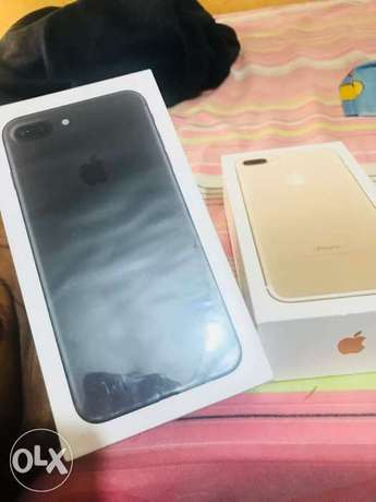 Brand new iphone 7+.32gg black n gold for sale no swap Lagos Mainland - image 2