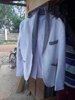 White coat if u you Are intrested contacted me as soon as possible