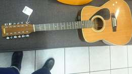 Yamaha Guitar 12 strings