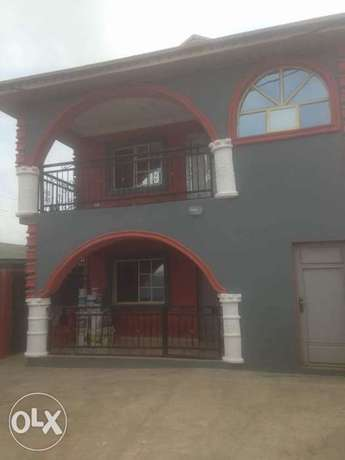 2 Units of 3 Bedroom Flat at Ile-tuntun Jericho Extension Ibadan North West - image 2