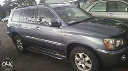 Toyota Highlander very clean