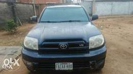 Very clean 04 Toyota 4runner in good shape