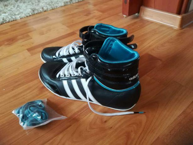 Buty Adidas,damskie sportowe Wadowice • OLX.pl