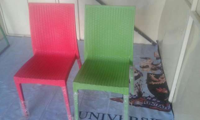 Quality and comfortable plastic chairs Ruai - image 2