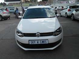 Vw polo 6 1.4 2013 model 56000km white in color R117000