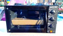 Compact oven and 2 plate stove