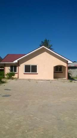 3 bedroom newly built bungalow at bamburi estate Nyali - image 4