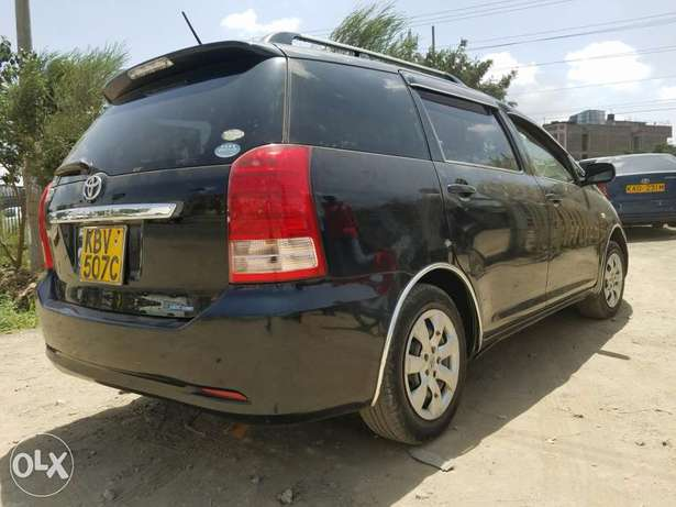 Toyota wish extremely clean,buy and drive Embakasi - image 4
