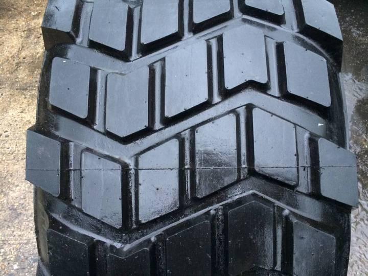 Michelin 525/65r20.5 Xs - Recap - image 3