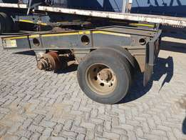Double axle dolly