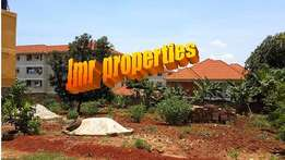 Hot cake 25 decimals plot for sale in Kisaasi at 150m