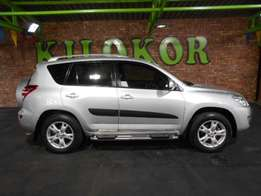 2011 TOYOTA RAV4 2.0 GX manual - R 189,990