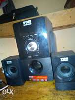 Selling von hot point sub hoofer at 3700sh