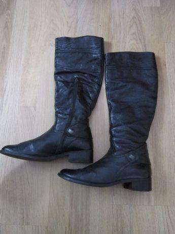 Весняні женские сапоги 39 роз.  320 грн. - Женская обувь Львов на Olx bd6d632346f80