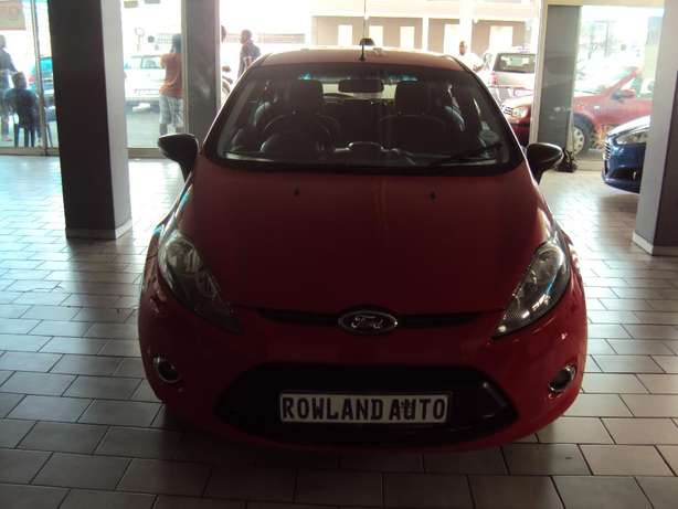 2012 Ford Fiesta 1.6 for sell R105000 Bruma - image 1