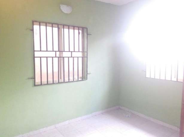 For Sale: Twins Flats of 2 Bedroom Flats at IREWOLEDE Ilorin West - image 5
