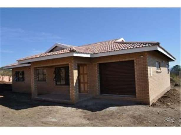 New townhouse for sale in Rosepark Ladysmith Ladysmith - image 1