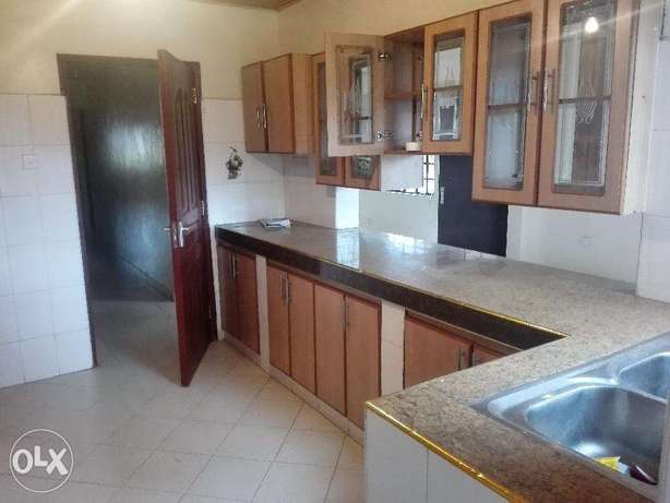 Three bedroom bungalow with a Dsq to let in Ngong Township Ngong Township - image 5