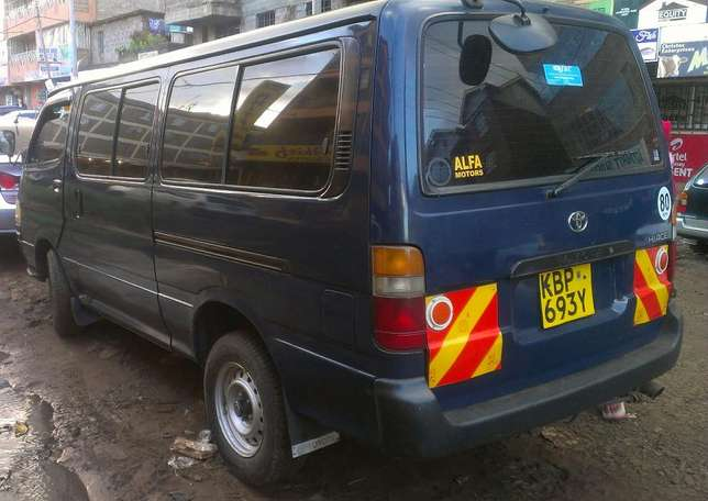 Private Toyota Hiace Shark Roysambu - image 3